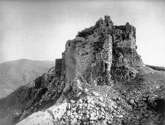 Kalat-esh-Chakif, vue du château et du précipice