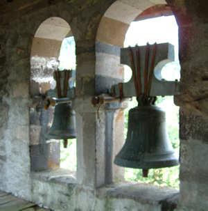 Cloches de la chapelle de Celles image Jack Bocar