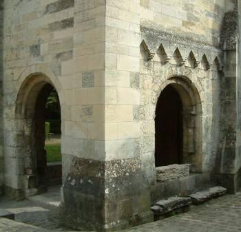 Laon chapelle templière arcade en plein cintre