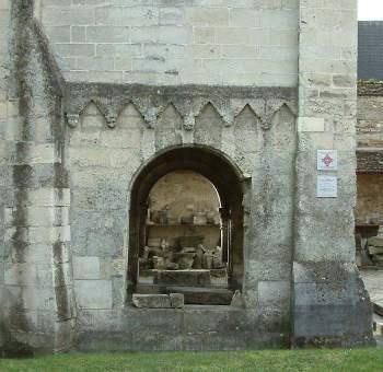 Laon chapelle templière baies en plein cintre