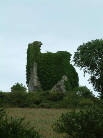 Ruines de la Tour de Montbran - image Jack Bocar
