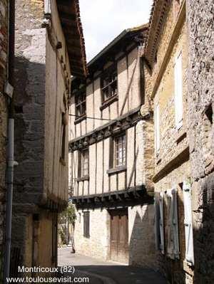 Rue de Montricoux