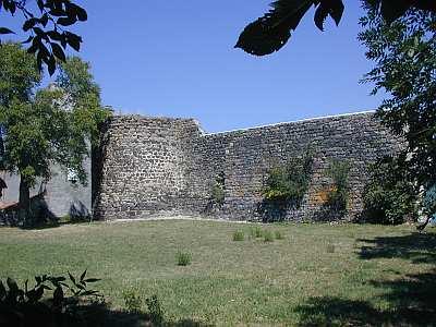 Tour carrée d'Olloix