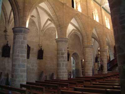 Eglise de Brélévenez, Nef et chœur